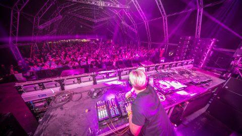 Dean Fuel – Rocking The Daisies – 2015 – 2